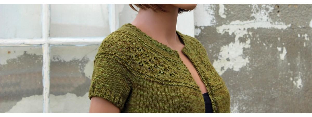 Des kits à tricoter raffinés et originaux au tricot dentelle